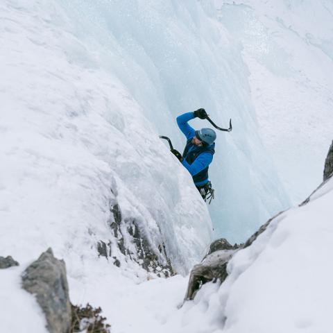 Ice climbing Tangle Falls